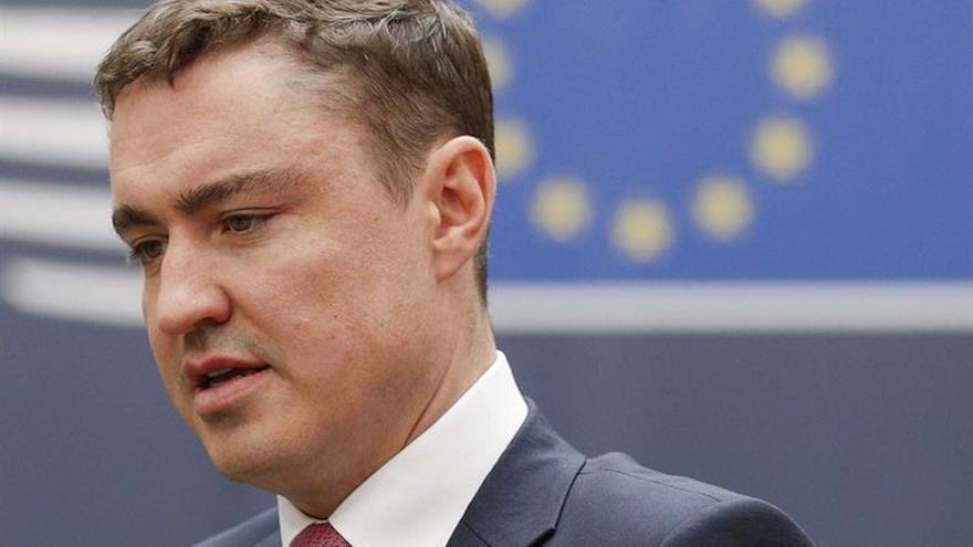 El escándalo por acoso sexual lleva al exlíder estonio a dejar su cargo parlamentario