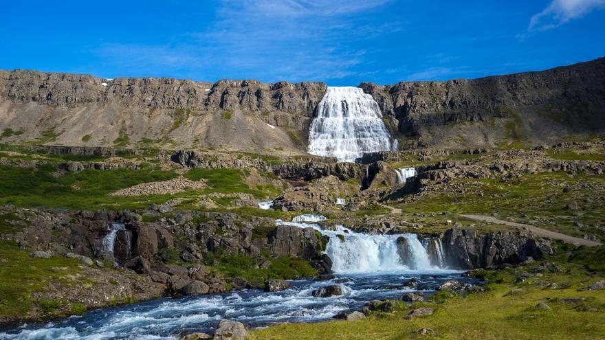 Cascada de Dynjandi, una de las más espectaculares de Islandia. Felix Haller (CC)