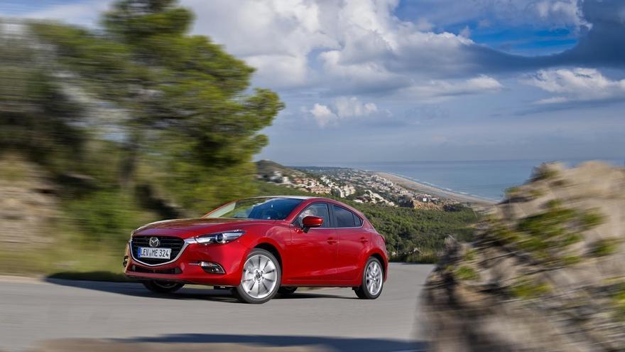 Los cambios en la carrocería del Mazda 3 2017 son discretos.