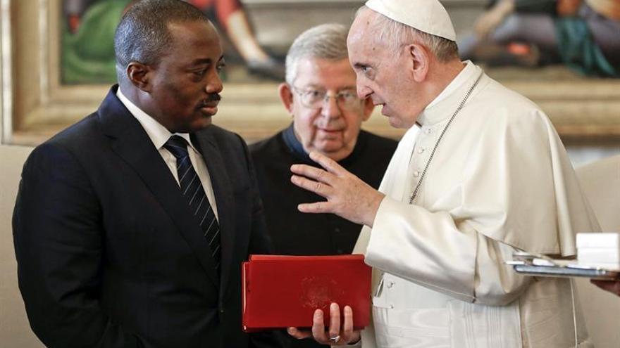 El papa y el presidente de la RDC piden ayuda internacional para restablecer paz