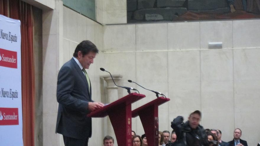 """El presidente de Asturias dice que el """"populismo"""" de Podemos """"es un peligro"""""""