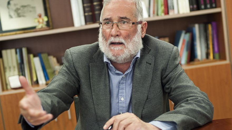 Ramón Ruiz, consejero de Educación del Gobierno de Cantabria.   JOAQUÍN GÓMEZ SASTRE