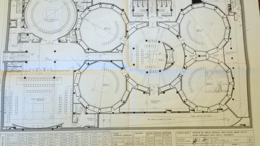 Plano del proyecto de la capilla y cripta prevista en Santa Catalina Labouré. / Plataforma de Opañel
