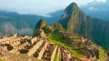 La ciudad inca de Machu Picchu se esconde en los Andes a 2.430 metros sobre el nivel del mar.