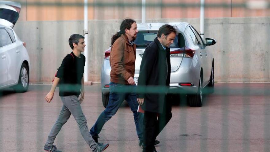 Pablo Iglesias está ya en la prisión de Lledoners para reunirse con Junqueras