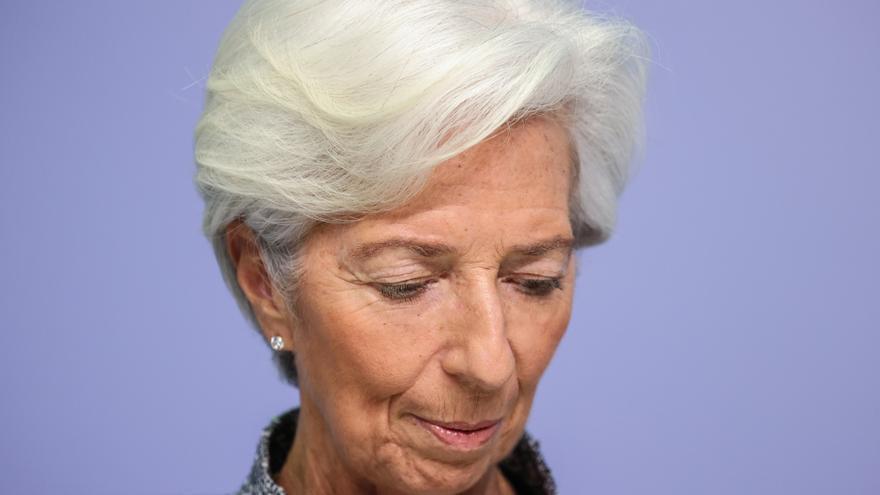 Lagarde afirma que la actividad económica mejoró en mayo y junio