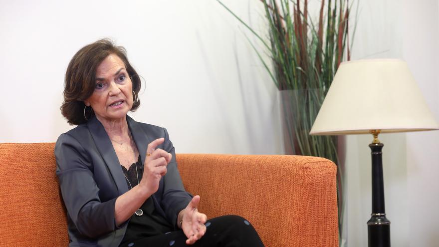 La vicepresidenta primera, Carmen Calvo, durante una entrevista con elDiario.es