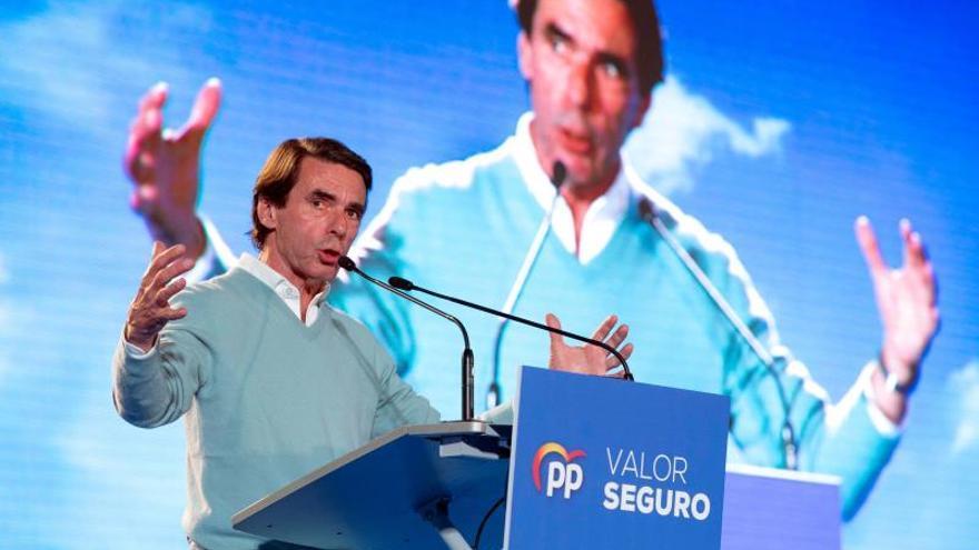Aznar llama a agrupar el voto de centro derecha sin hacer inventario de errores