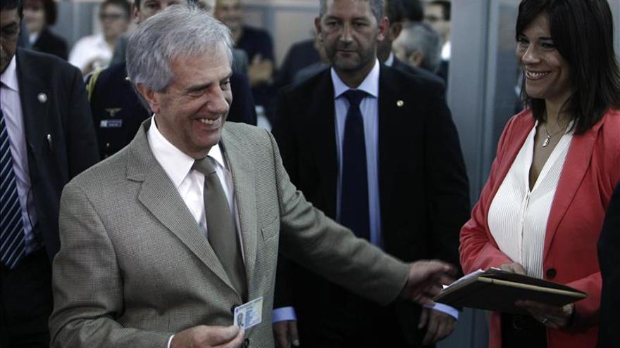 Vázquez viaja a Brasil junto a ministros de Exteriores, Economía e Industria