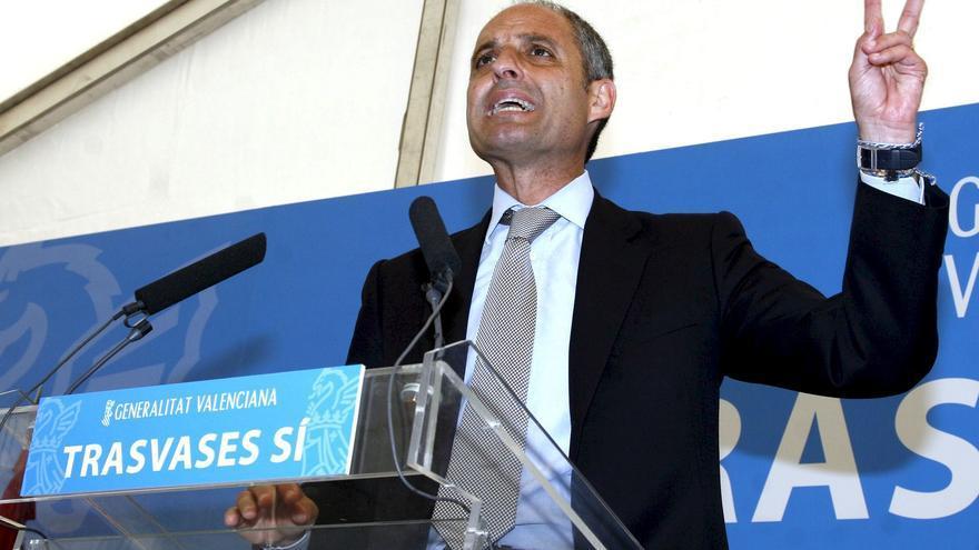 El expresidente valenciano Francisco Camps en un acto de propaganda de la Generalitat Valenciana a favor de los trasvases