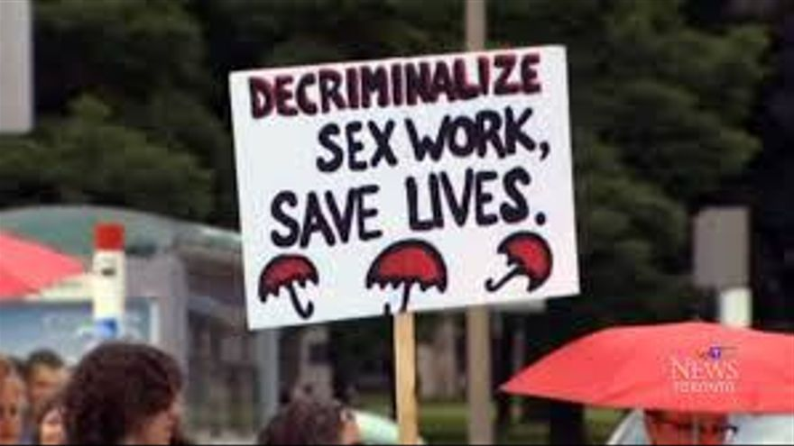 es legal la prostitución estereotipo mujer