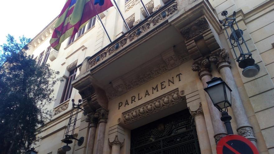 El Parlament balear pide al Gobierno limitar la concesión de indultos y excluir a condenados por corrupción
