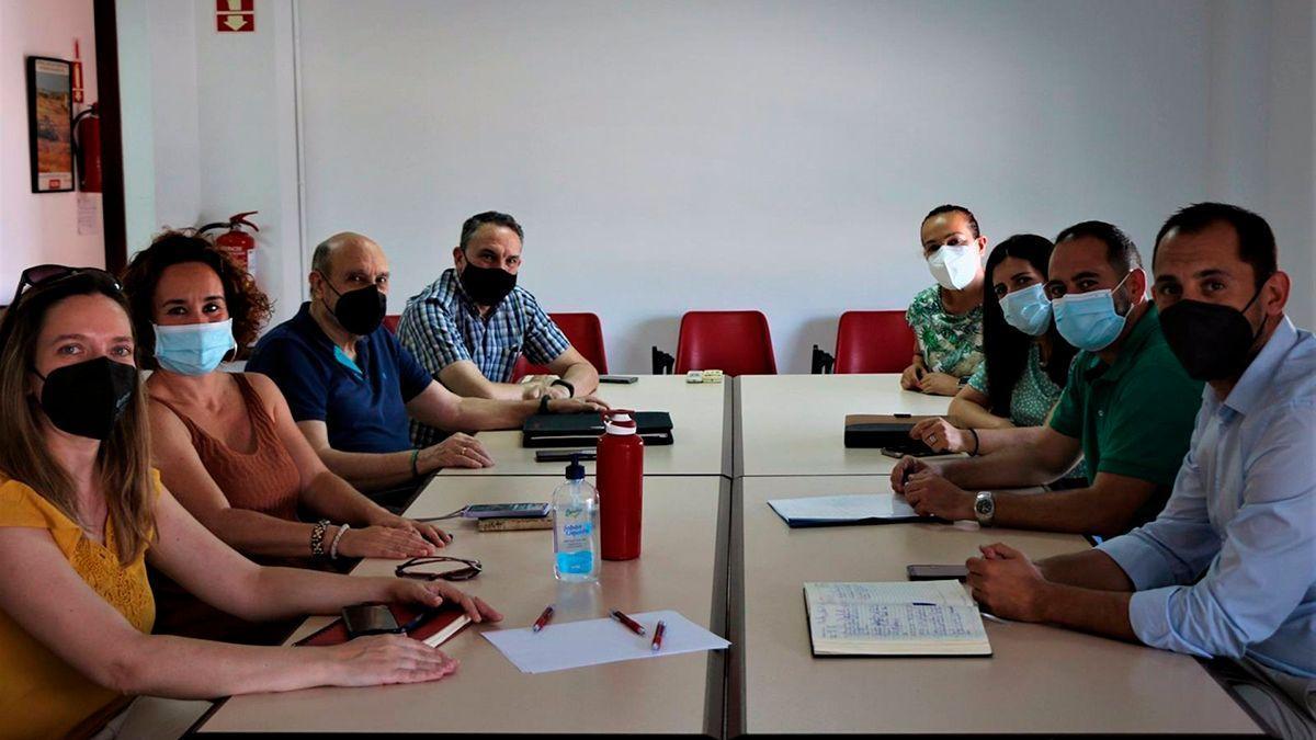 Reunión de Naranjo con asociaciones del ámbito de la Dependencia.