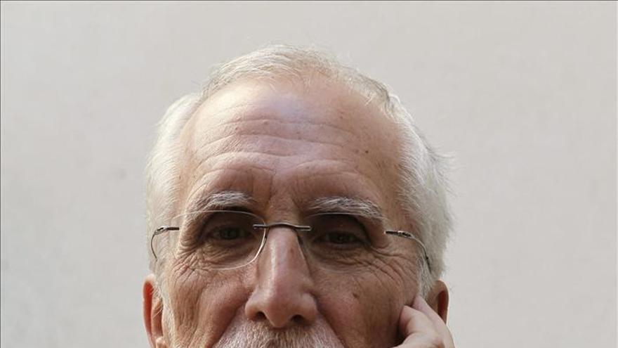 Luis Mateo Díez afirma que la corrupción demuestra que en la política están los peores