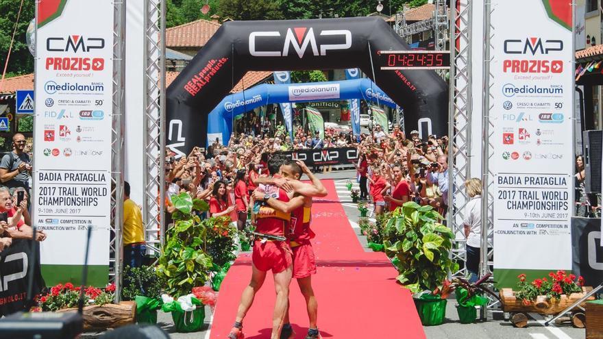 Luis Alberto Hernando y Cristofer Clemente, primero y segundo en los Campeonatos del Mundo de Trail (© Facco).