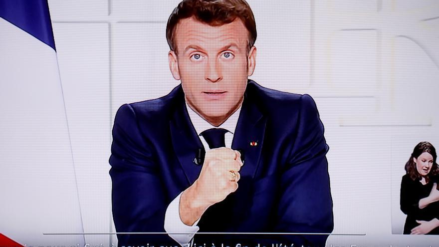 Macron confina toda Francia y cierra las escuelas temporalmente