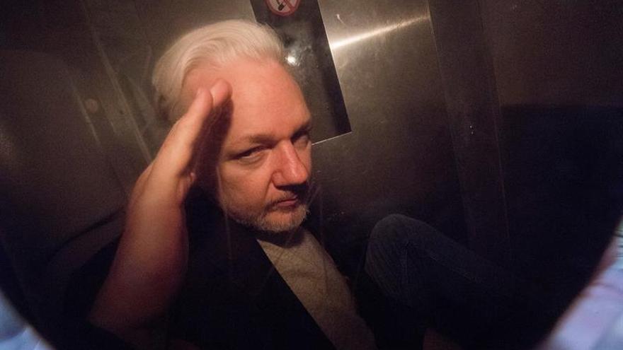 Julian Assange rechaza su extradición a EEUU