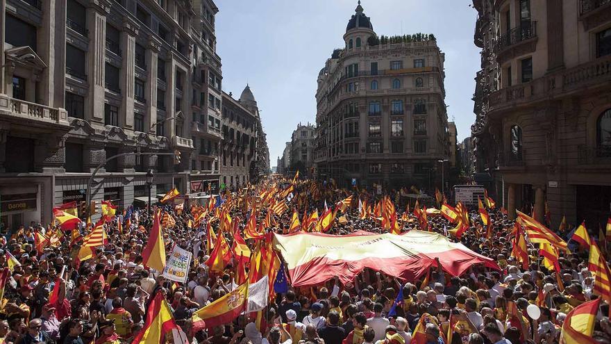 La Vía Laietana de Barcelona y la plaza Urquinaona se han llenado de manifestantes