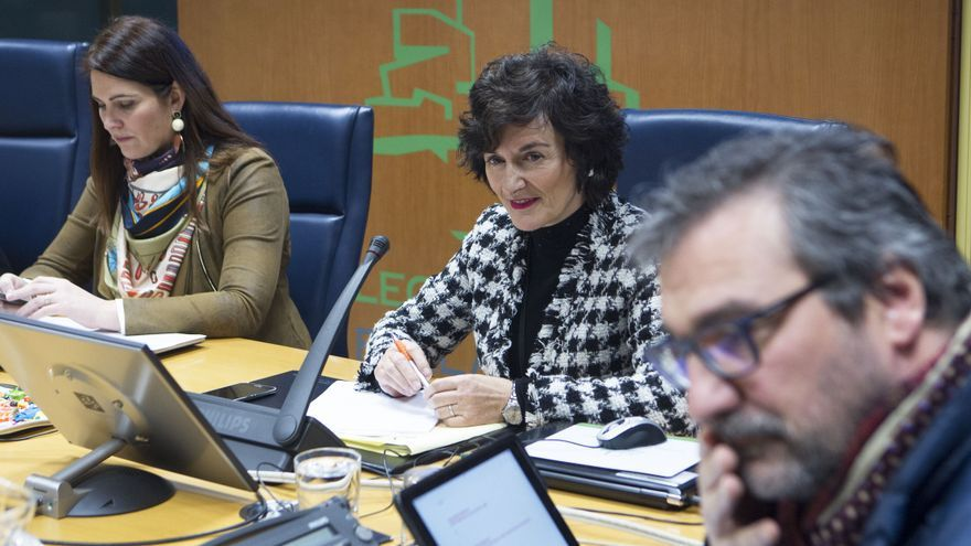 Maite Iturbe, en una comisión de control a EiTB del Parlamento Vasco