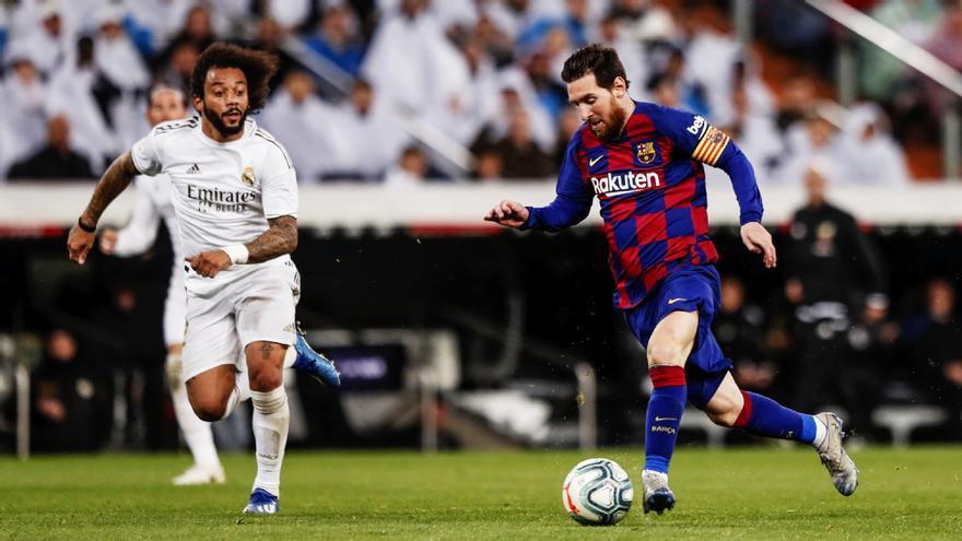 Partido de fútbol entre Real Madrid y Barça