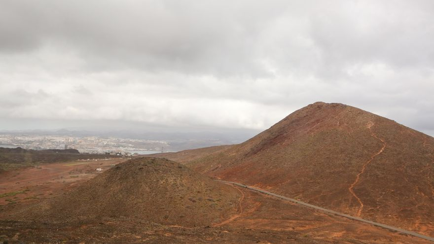 Montaña La Colorada en La Isleta