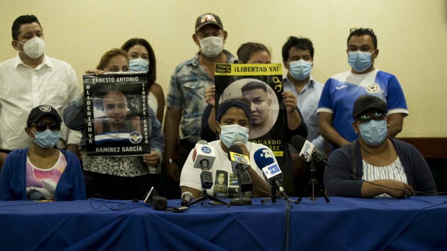 Familiares denuncian amenazas a abogados de opositores detenidos en Nicaragua