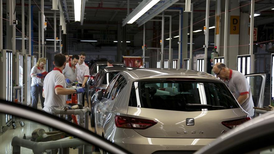 Soria dice que Volkswagen ha garantizado oralmente y por escrito mantener sus inversiones en España