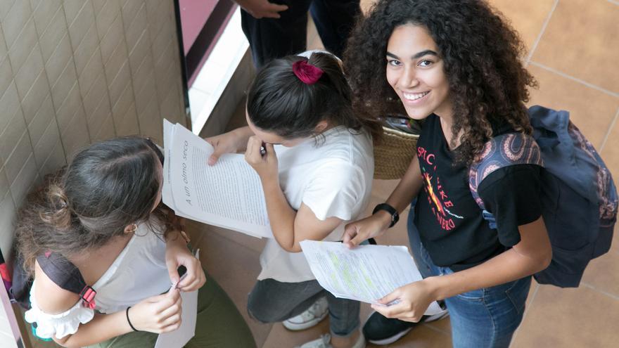 Alumnas que han realizado  en la Universidad de la Laguna la Evaluación de Bachillerato para el Acceso a la Universidad (EBAU),