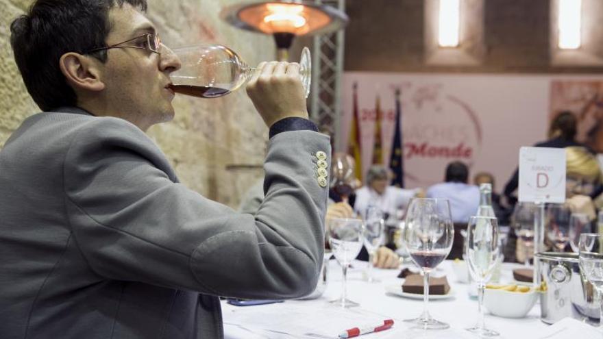 La uva garnacha se reivindica ante el mundo y elige su mejor vino entre 600