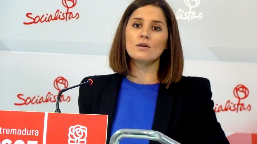 Isabel Gil Rosiña, PSOE de Extremadura