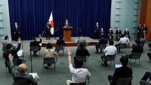 El primer ministro de Japón Shinzo Abe habla durante la rueda de prensa en su residencia oficial en Tokio, Japón.