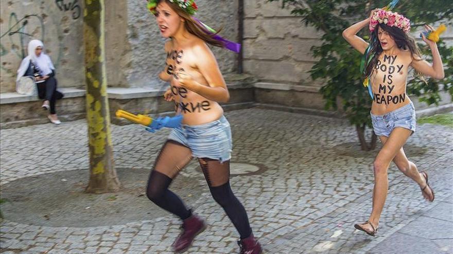 Las líderes de Femen huyen de Ucrania por temor a ser perseguidas