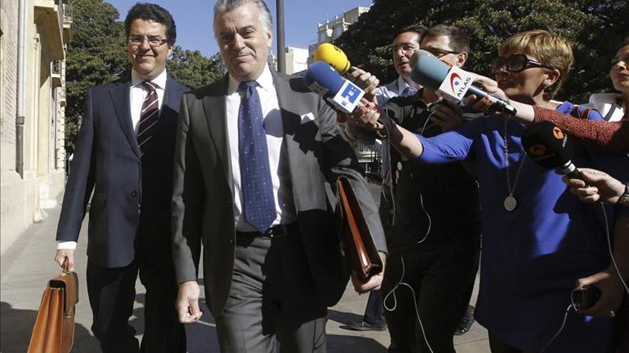 El Mundo asegura que Bárcenas pagaba sobresueldos a parte de la cúpula del PP