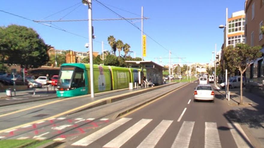 Tranvía en la avenida de Los Menceyes