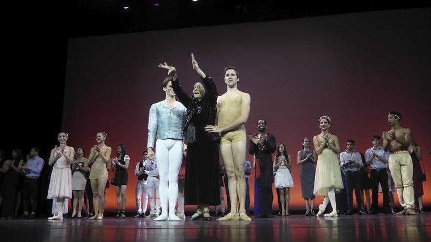 "La ""Giselle"" de la cubana Alicia Alonso retorna a París"