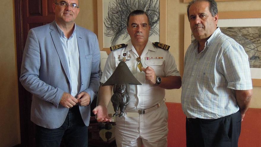 Acto de reconocimiento a Francisco Sequeiro en el Cabildo.