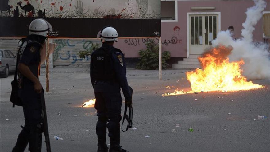 Al menos siete policías heridos en un atentado en el norte de Baréin