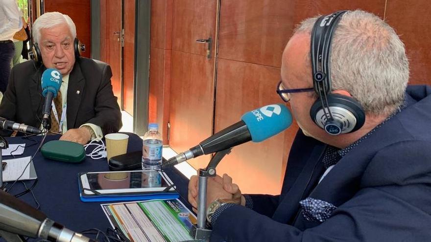 Amid Achi durante la entrevista que le realizó Cope.