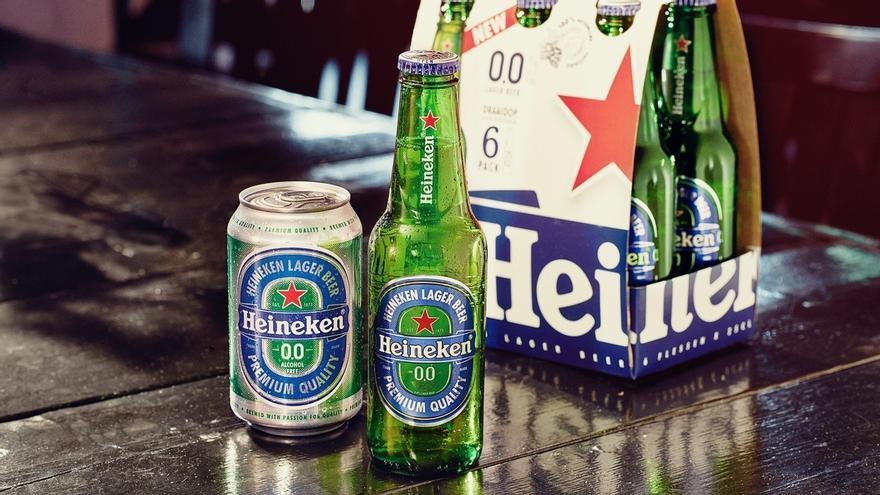 (Ampl.) Heineken lanza su primera innovación a nivel mundial con Heineken 0,0, su primera cerveza sin alcohol