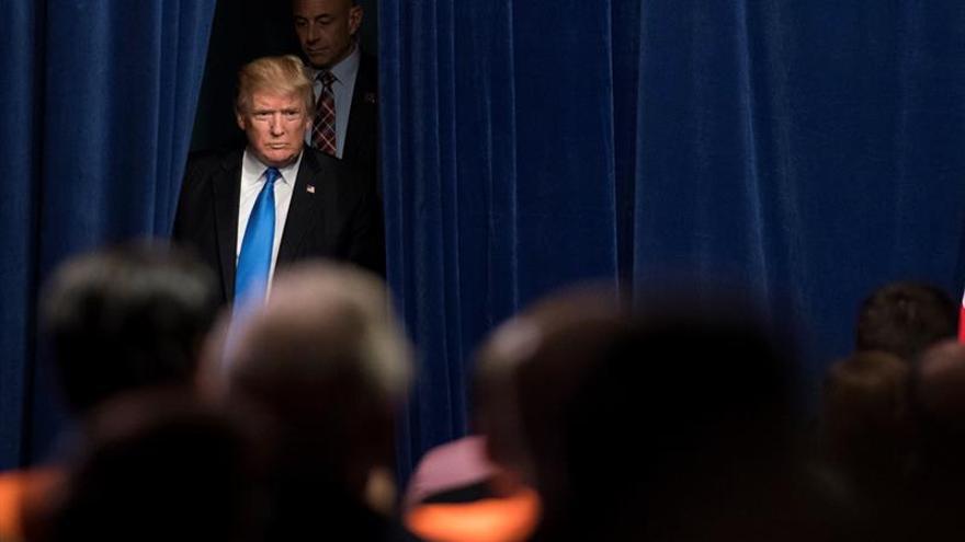 """Trump vuelve a la carga contra los presentadores de """"Morning Joe"""" y la prensa"""
