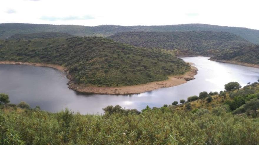 Curva del Tiétar antes de su desembocadura. Monfragüe
