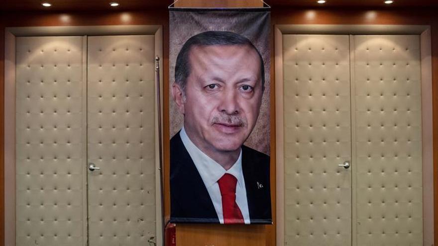 Erdogan insiste en recurrir la victoria de la oposición en Estambul