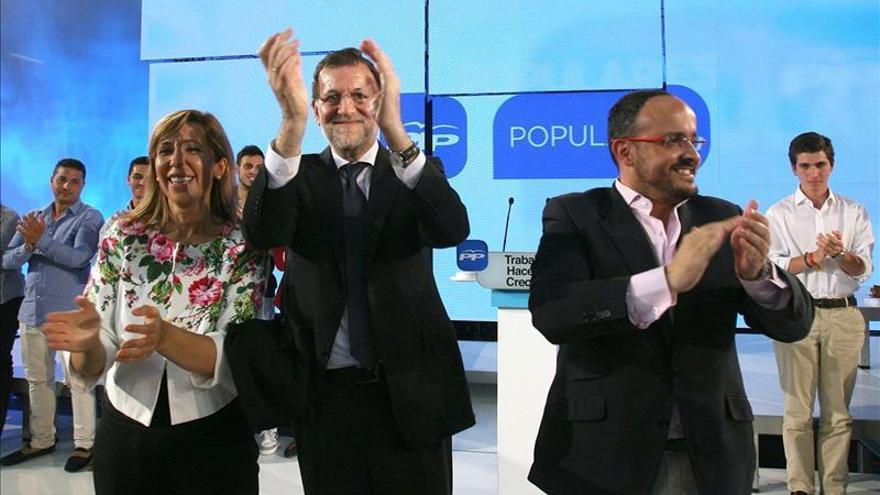 """Rajoy arranca la campaña cargando contra los """"adanes"""" y pidiendo mantener el rumbo"""