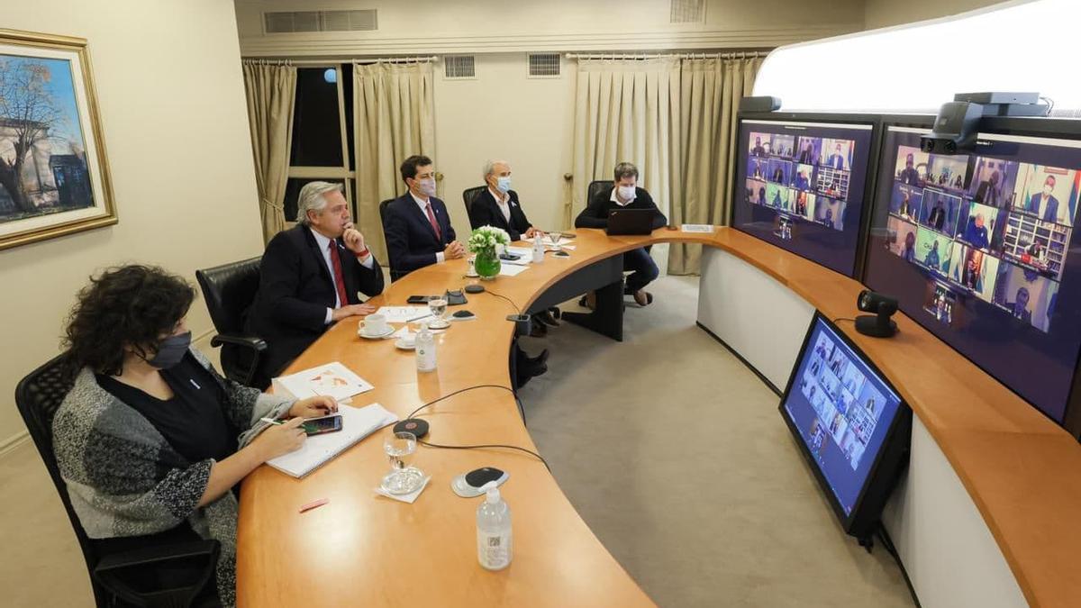 Alberto Fernández en videoconferencia con gobernadores