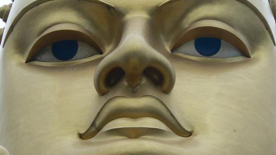 Efigie de Buda en la ciudad de Kandy, capital espiritual de Sri Lanka. Paul Arps