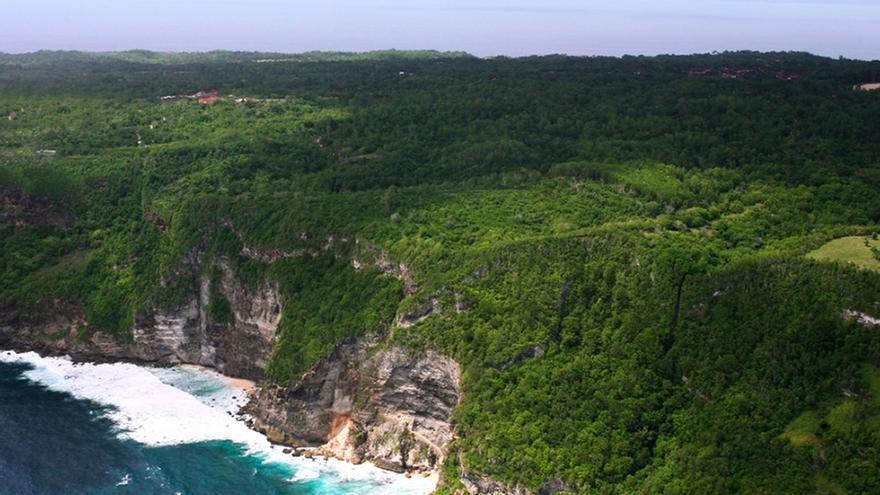 Cuatro turistas españoles afectados por una explosión en un barco en Indonesia