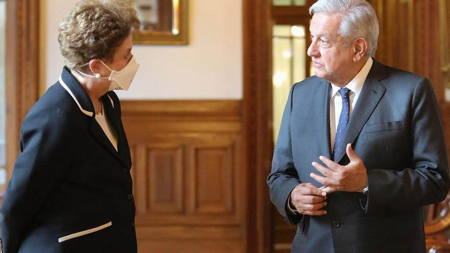 López Obrador recibe a Dilma Rousseff en el Palacio Nacional