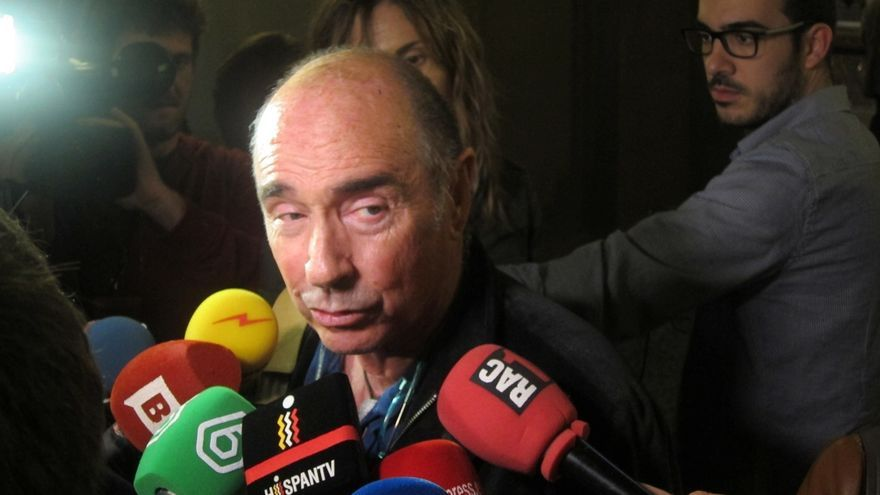 Llach ve injusto que 10 diputados de la CUP exijan que los 62 de JxSí renuncien a Mas