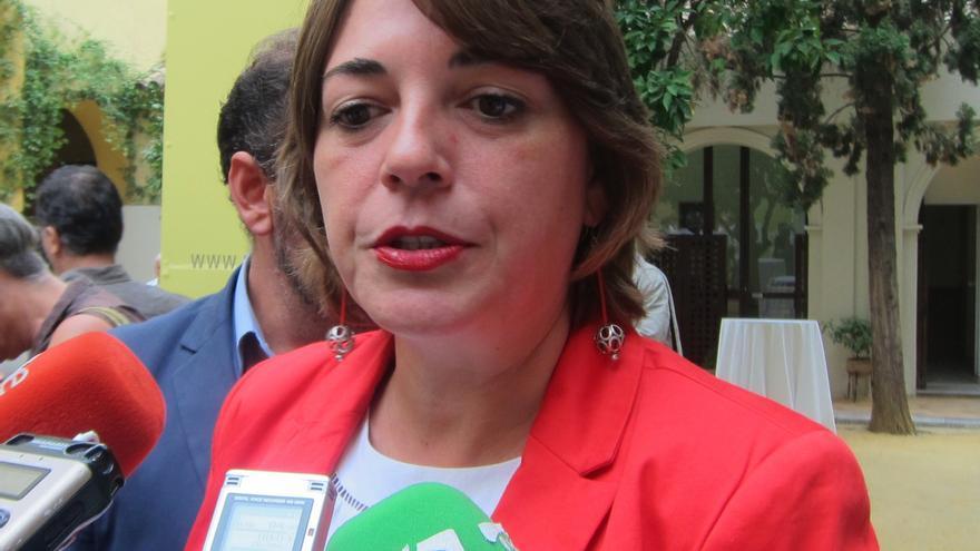 """Cortés afirma que el Plan de la Bicicleta convertirá este medio de transporte en un """"símbolo"""" de Andalucía"""