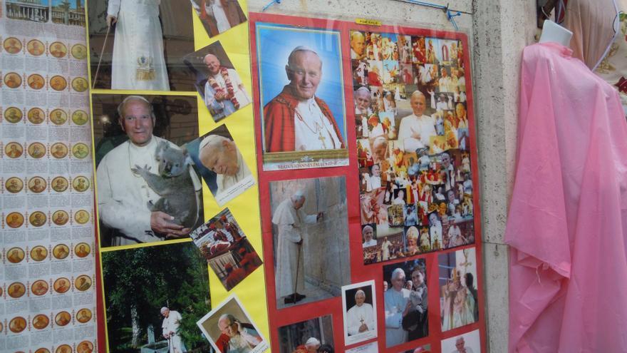 Juan Pablo II es el icono comercial del Vaticano